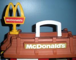 Vintage Fisher Price #2552 McDonald's Play Set Complete + BONUS!/VG++-EXC (N) image 5
