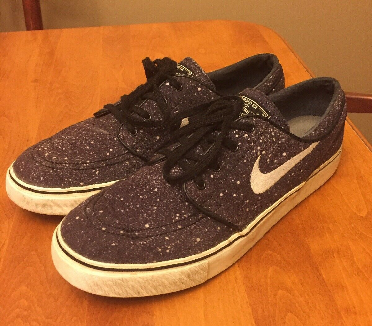 Primary image for Nike SB Zoom Stefan Janoski Galaxy Print Size 10 Running Shoes USED Sneakers