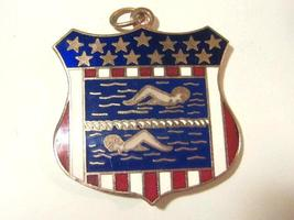 Vintage jewelry enamel pendant - $4.00