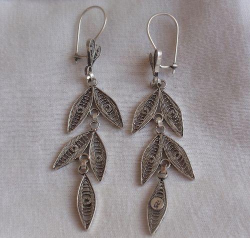 Beautiful leaves earrings - $25.00