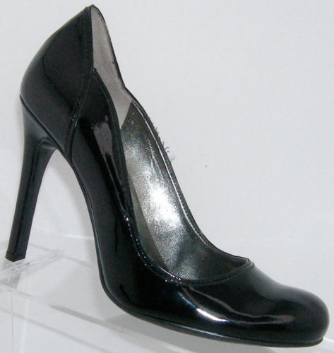 Primary image for Guess by Marciano 'Kasenna' black round patent leather sculpted heel 5.5M