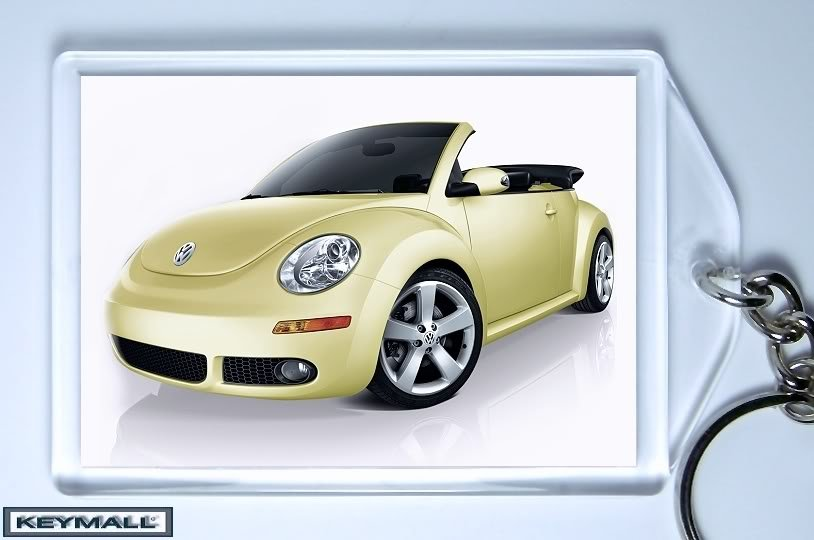 KEYTAG BEIGE/YELLOW VW NEW BEETLE CONVERTIBLE KEY CHAIN