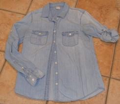 J. CREW LIGHT BLUE JEAN Button Down SHIRT S 4 ROLL UP LONG SLEEVE COUNTR... - $18.00