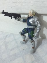 """Boys Vtg 1993 Marvel Action Figure With Gun Weapon 5"""" Posable #1GB - $7.41"""