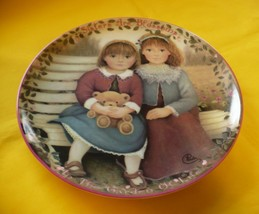 Bradford Exchange 'Sisters are Blossoms' Plate 'Kindred Moments' 1st Issue 1995 - $9.89