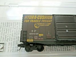 Micro-Trains # 10144060 Southern Pacific Weathered 40' Hy-Cube BoxCar N-Scale image 5