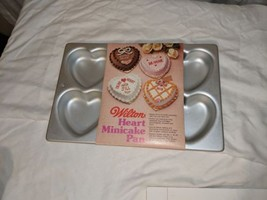 6 Heart Mini Cake Pan New Wilton #2105 11044 Wedding Valentine Shower  - $92,51 MXN