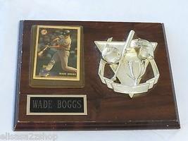 Wade Boggs Ny Yankees Placa y Intercambio Tarjeta Béisbol Topps 3B 323 - $22.20