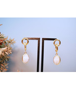 Gold Quartz Drop Earrings, Gold Cable Earrings,22K Gold Filled Earrings - $69.00