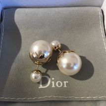Pre-owned Authentic Christian Dior Petal Mise En Dior Tribal Pearl Earrings  image 3