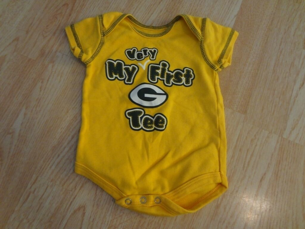 """Infant/Baby Green Bay Packers 3/6 Mo Creeper """"My Very First Packers Tee"""" - $11.29"""