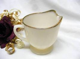 1830 Antique Anchor Hocking Ivory Swirl Anniversary Fire King Creamer - $7.00