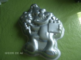 Wilton 2105-4298  1996 Elmo Cake Pan Jello Mold Hensen Sesamee street - $189,95 MXN