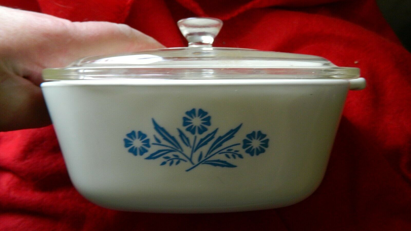 Primary image for CORNING WARE PYROCERAM BLUE CORNFLOWER P-1&1/2B CASSEROLE DISH 1.5qt +LID
