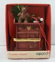 Enesco Christmas Ornament Country Classic Mouse Dresser New 1989 Vintage - $8.90