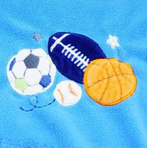 Circo Baby Blanket Blue Fleece Sports Balls Football Soccer Basketball S... - $245,98 MXN