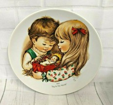 Vtg 1977 Goebel Christmas Collector Plate Joy To The World by Charlot Byj - $14.95