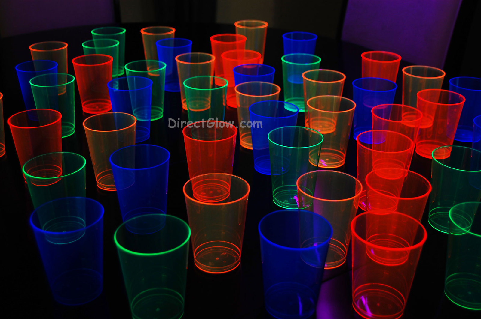 10oz assorted cups2