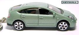 Porte Cle Toyota Prius Hybride Vert/Green Hybrid Key chain - $24.98