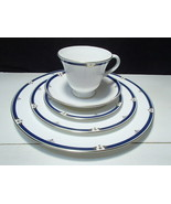 1 Wedgwood Crestwick 5 Piece Place Setting - $26.99