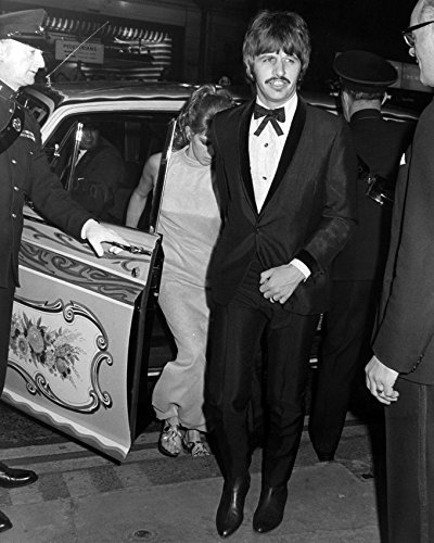 Ringo Starr John Lennon'S Psychedelic Rolls Royce 1967 Premiere 16X20 Canvas Gic