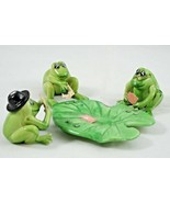 Vintage 1976 Enesco Imports Corp 3 Plastic Poker Frogs & Lily Pad Table - $47.89
