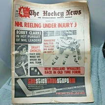 The Hockey News December 13 1974 Bobby Clarke Walter Tkaczuk - $7.91