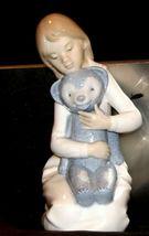 NAO marked Lladro Girl holding teddy bear AA19-1635 Vintage image 6