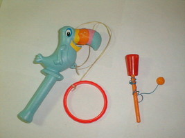 Kellogg's cereal 1972 toucan sam ring toy plus bonus vintage - $27.00