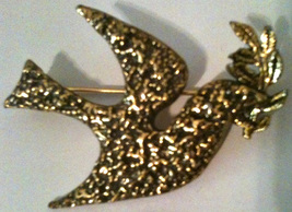 Vintage Zentall Gold Tone Rooster in Flight Pin Brooch Hard to Find! 1950s - $24.99