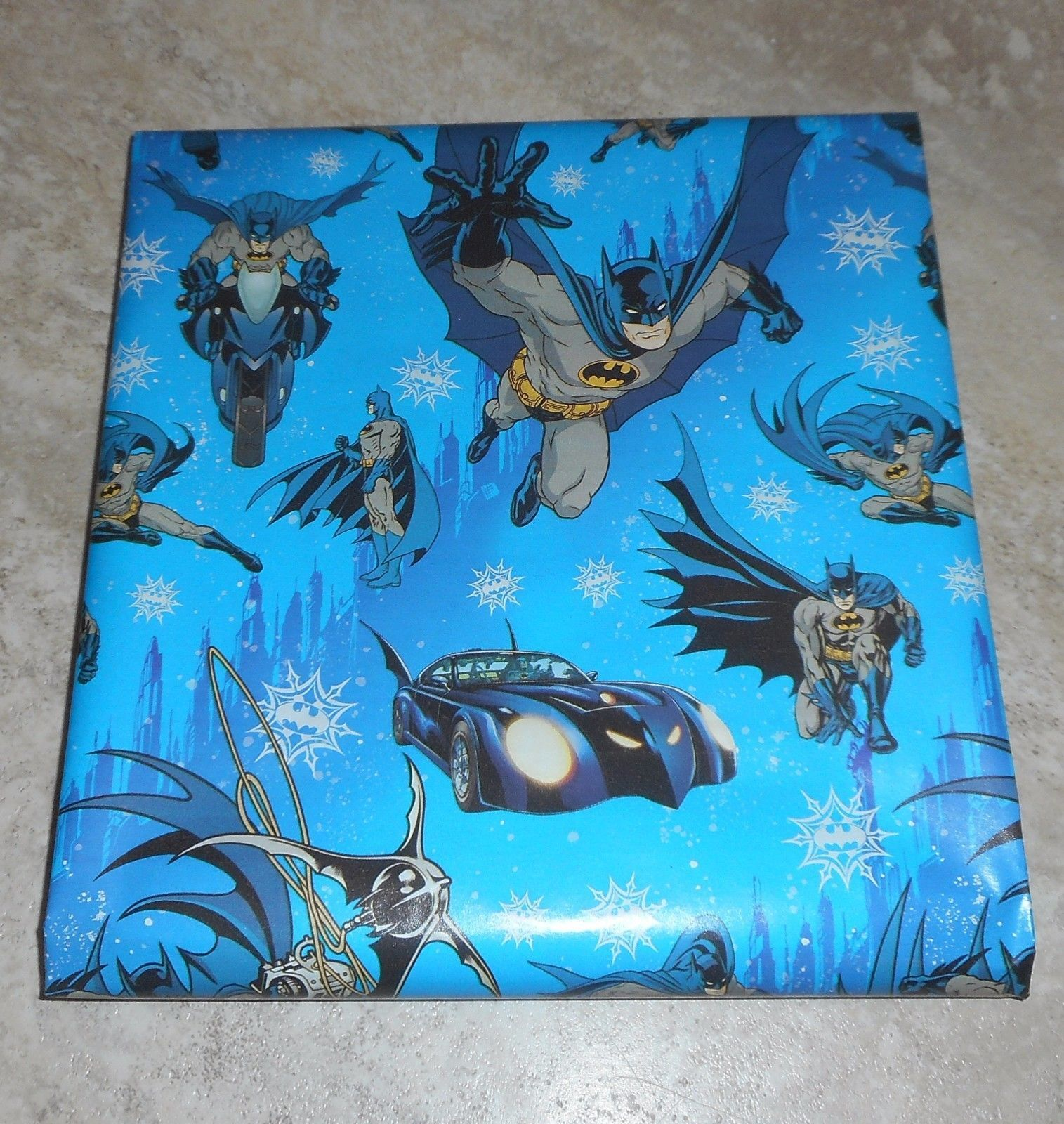 Dc comics batman american greetings and 26 similar items s l1600 s l1600 dc comics batman american greetings christmas wrapping paper m4hsunfo