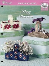 3 Miniature Posy Baskets for Flowers TNS Plastic Canvas Pattern Leaflet NEW - $1.77
