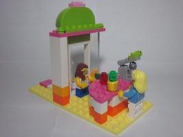 LEGO City Summer juice shop with 2 minifigures, custom build includes pi... - $18.99