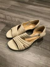 Naturalizer N5 Sandals Beige Metallic Linen d'Orsay Slight Wedge Sz 7.5 Shoes - $20.91