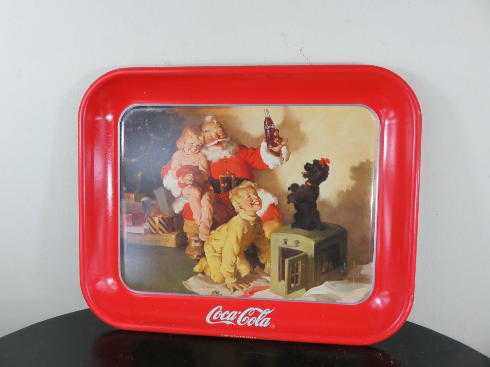 1986 coca cola vintage santa Tray Great For the Christmas Holidays