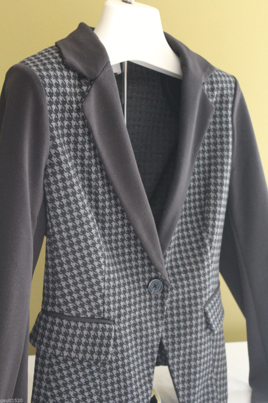 a14c80b3922a S l1600. S l1600. Previous. NWT Laundry by Shelli Segal Black Gray  Houndstooth Blazer Suit Jacket 8  228 · NWT Laundry ...