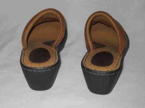 Great Womens Size 7 BOC BORN Tan/Brown Mules