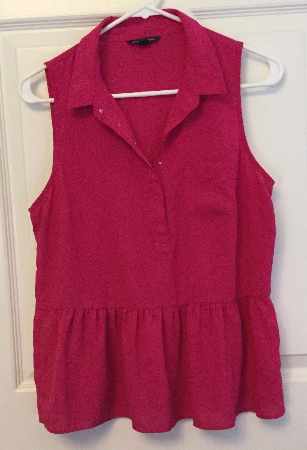 Primary image for Silky Sleeveless Summer Blouse Top American Eagle Collar Raspberry Pink Size M