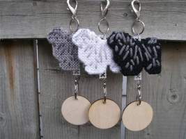 Puli dog crate tag or home decor, hang it anywhere, hand stitched, color... - $15.00