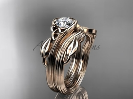 Triquetra Celtic 14k rose Gold Leaf Ring with a Moissanite center stone CT7324S - €1.037,25 EUR