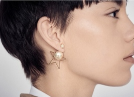 """Authentic Christian Dior Tribal Earrings """"DIOR TRIBALES"""" Crystal Star Gold image 2"""
