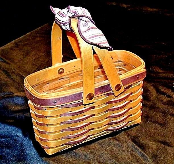 Longaberger Handwoven Basket with Double Swing Handles Vintage 1998 AA18-1287