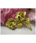 Vintage Gold Tone Roses Brooch w/Rhinestones *E... - $12.99