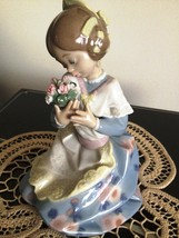 Lladro ~ Loving Valenciana # 5868   ~ Retired ~ RARE ~ Mint condition. - $675.00