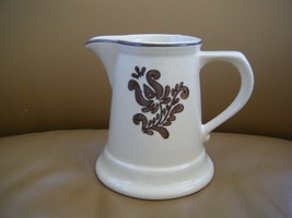Set of 4 Vintage Pfaltzgraff Village Pattern Cream Brown Pitcher Creamer - $6.00