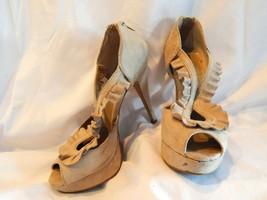 Ewc Size 6.5 M Women's Pumps Beige Microfiber Open Toe & Sides W/CLAM Shell Top - $6.92