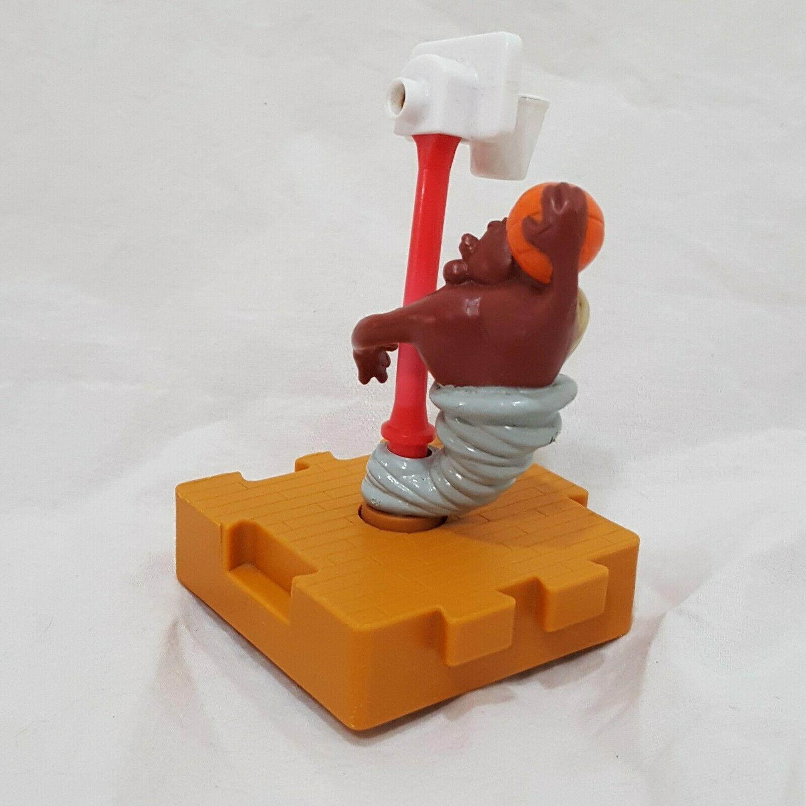 "Taz Looney Tunes Basketball Spinning Puzzle Piece 1996 Warner Bros 4"""