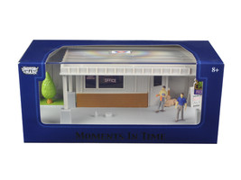 """Big 8 Motel Scene\"" Diorama Put Your Own Car Inside 1/43 by Motormax - $35.08"