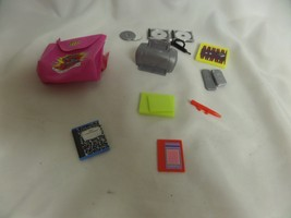 BARBIE LOT OF MISC ITEMS BRANDED/UNBRANDED PRINTER,CHECKERS, CELL PHONE,... - $18.53