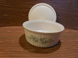 Corning Ware French White Callaway Ivy 2.5L Round Souffle/Casserole - $19.31